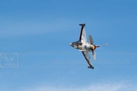 F16 tight turn afterburners blazing plane aircraft aeroplane