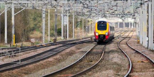 Virgin Voyager train Rugeley wcml