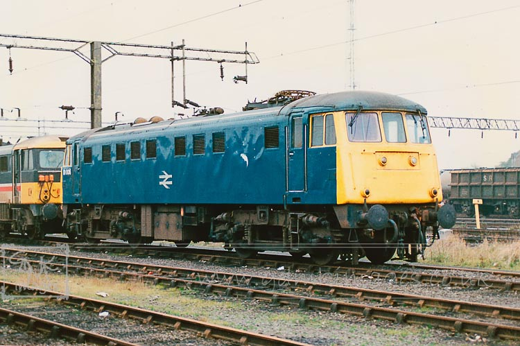 Class 81 81006 electric loco at Bescot Sidings
