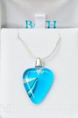 weekly photo project Blue Pendant